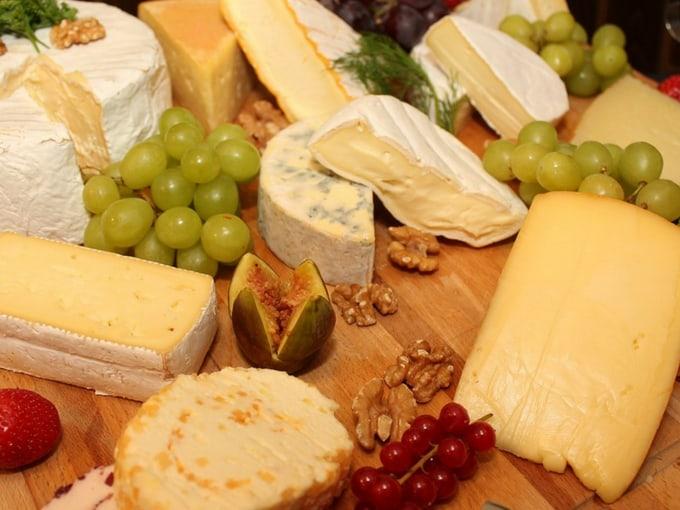 tagliere-legno-formaggi