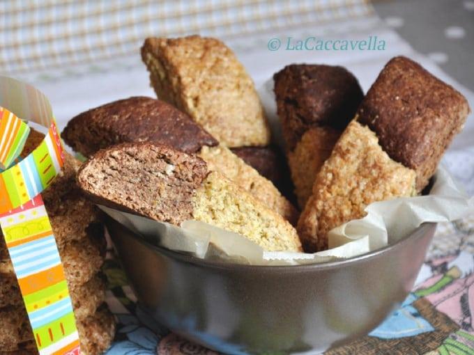 Taralli dolci campani, biscotti in ciotola